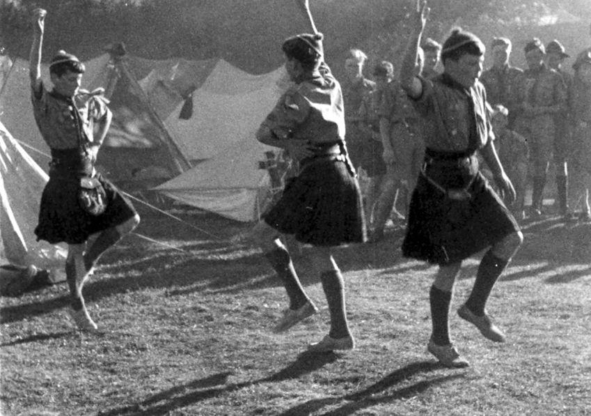Dansar Skottar